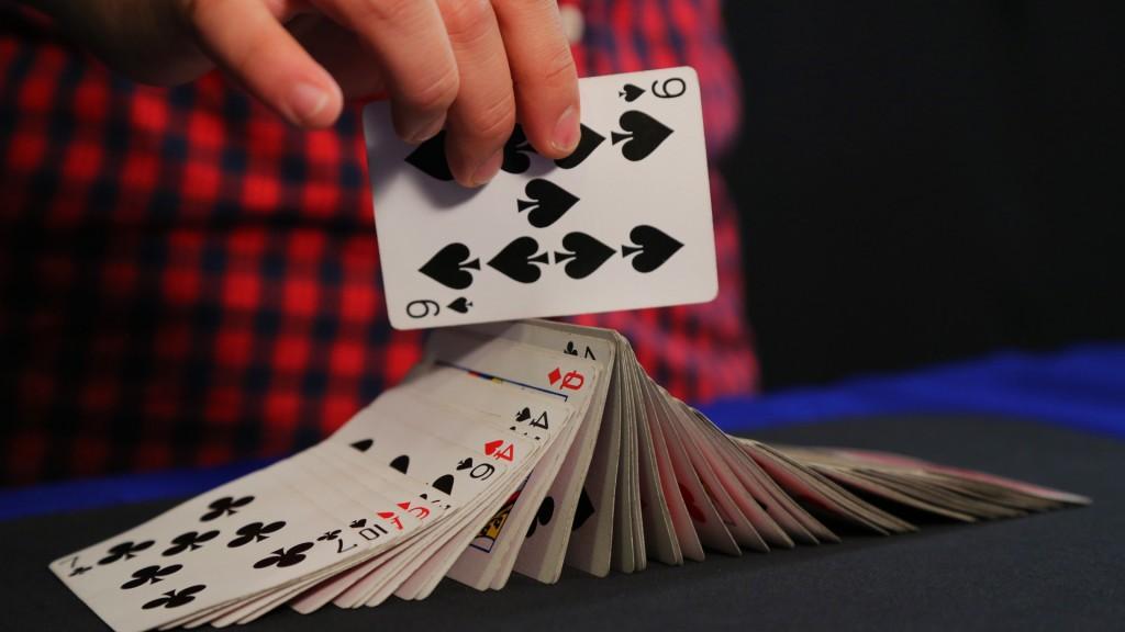 magica-pulsacao-carta-baralho-revelada